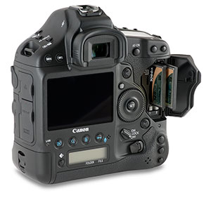 Canon 1Dx CF card door open