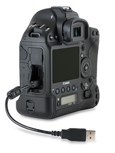 Canon 1D X with USB 2.0 cable in side port with door open