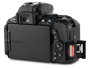 Nikon D5600 SD card slot with door open