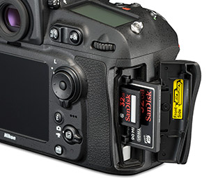 Nikon D810 card slot with SanDisk CF SD cards