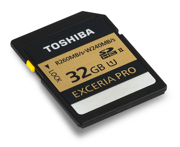 Toshiba Exceria Pro UHS-II 32GB SDHC Memory Card Front
