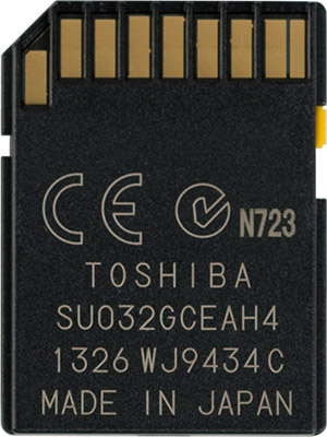 Toshiba EXCERIA Type 1 32GB SDHC Memory Card Back